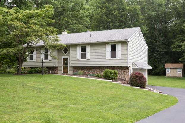 25 Gloucester Dr Downingtown Pa 19335 Mls 1000470068 Redfin