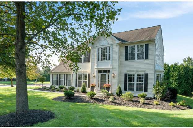 5244 Lovering Dr Doylestown Pa 18902