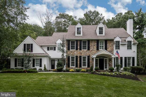 Awe Inspiring 309 Earles Ln Newtown Square Pa 19073 5 Beds 4 5 Baths Home Interior And Landscaping Pimpapssignezvosmurscom
