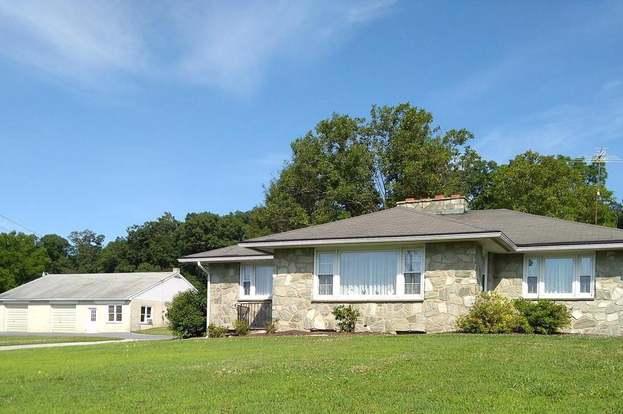 3151 Compass Rd, Honey Brook, PA 19344 - 3 beds/2 baths