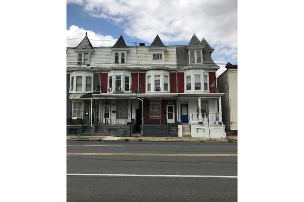 605 Lancaster Ave, Reading, PA 19611 - 4 beds/1 bath