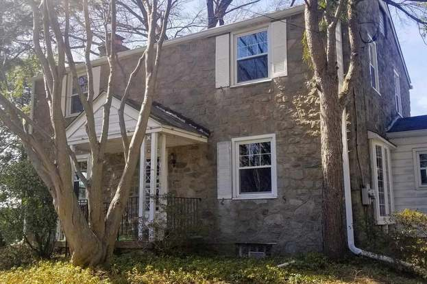 1617 New Hope St, Norristown, PA 19401 - 3 beds/2 5 baths