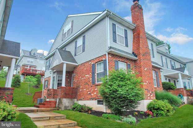 1704 Harrison Ct Norristown Pa 19403 Mls Pamc650476 Redfin