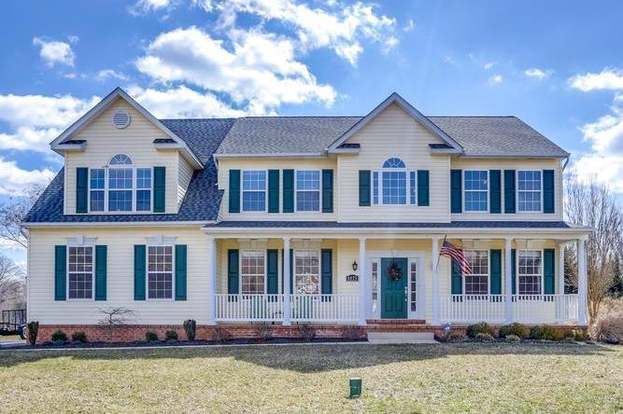 8075 Tobacco View Ct, Port Tobacco, MD 20677 - 4 beds/3 5 baths