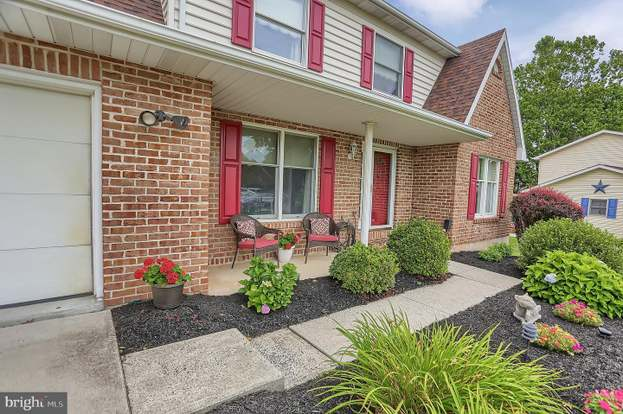 27 Riverview Dr Middletown Pa 17057 Mls Pada112512 Redfin
