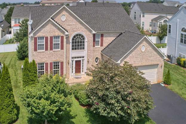 Tremendous 12420 Beachley Dr Hagerstown Md 21740 4 Beds 2 5 Baths Home Interior And Landscaping Ponolsignezvosmurscom