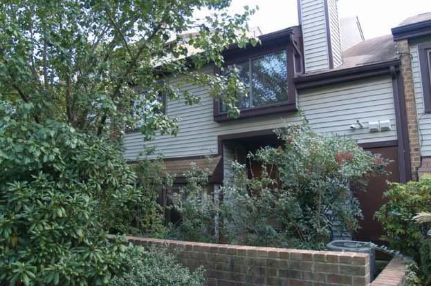 Cool 11 E Birchfield Dr Mount Laurel Nj 08054 3 Beds 2 5 Baths Home Interior And Landscaping Oversignezvosmurscom
