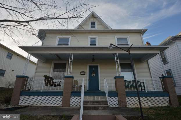 415 Guilford Ave Hagerstown Md 21740 Mls Mdwa170620 Redfin