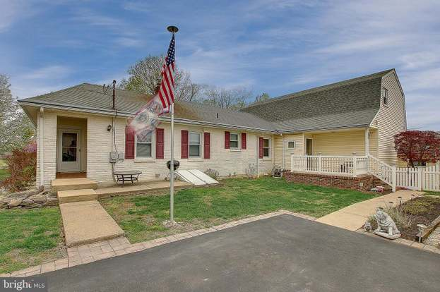 4927 Sycamore Ave, Feasterville Trevose, PA 19053 - 4 beds/2 5 baths