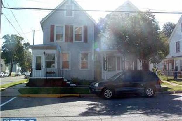 200 BROAD St, FLORENCE, NJ 08518 - 3 beds/1 bath on
