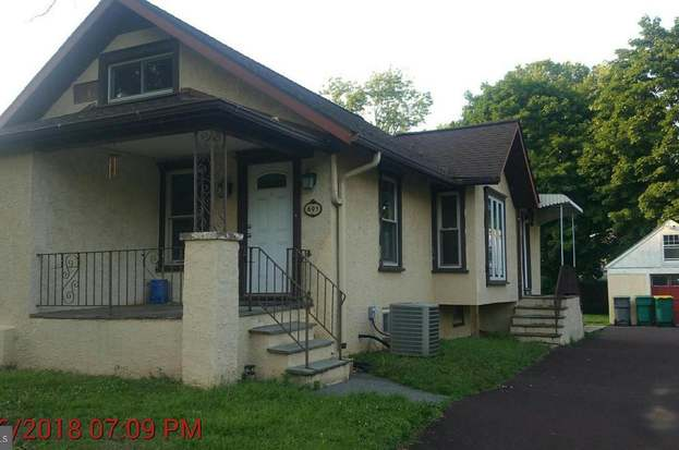 693 garfield ave lansdale pa 19446 mls pamc372888 redfin rh redfin com
