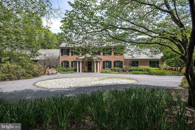 11109 Gilchrist Ct, Potomac, MD 20854 - 6 beds/5 baths