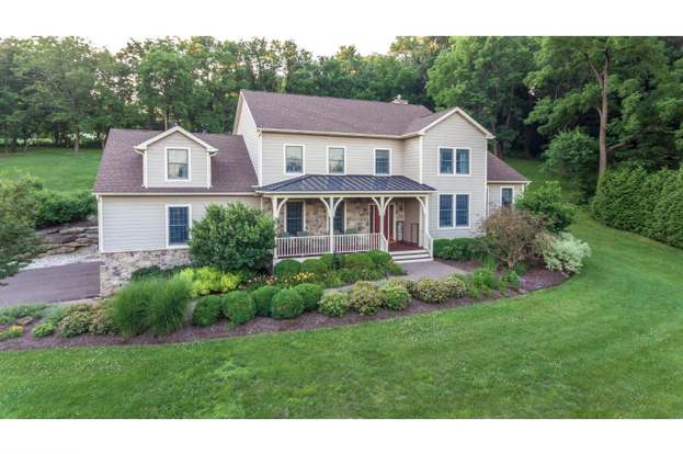 4165 Curly Hill Rd, Doylestown, PA 18902 - 4 beds/4 5 baths