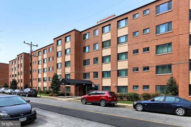 1200 S Arlington Ridge Rd #406, Arlington, VA 22202 - 2 beds/1 bath