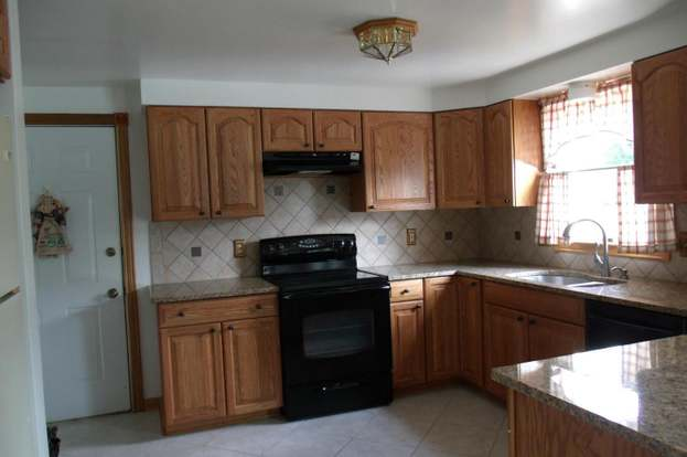 168 Rock Hall Dr, Charles Town, WV 25414 - 4 beds/2.5 baths