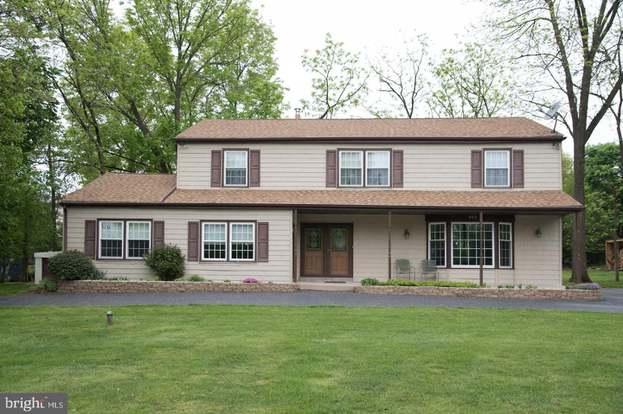 503 Faith Dr, Norristown, PA 19403 - 5 beds/3 5 baths