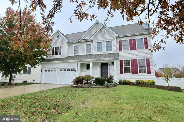 Wondrous 11984 Castle Pines Ln Waldorf Md 20602 5 Beds 3 5 Baths Home Interior And Landscaping Mentranervesignezvosmurscom