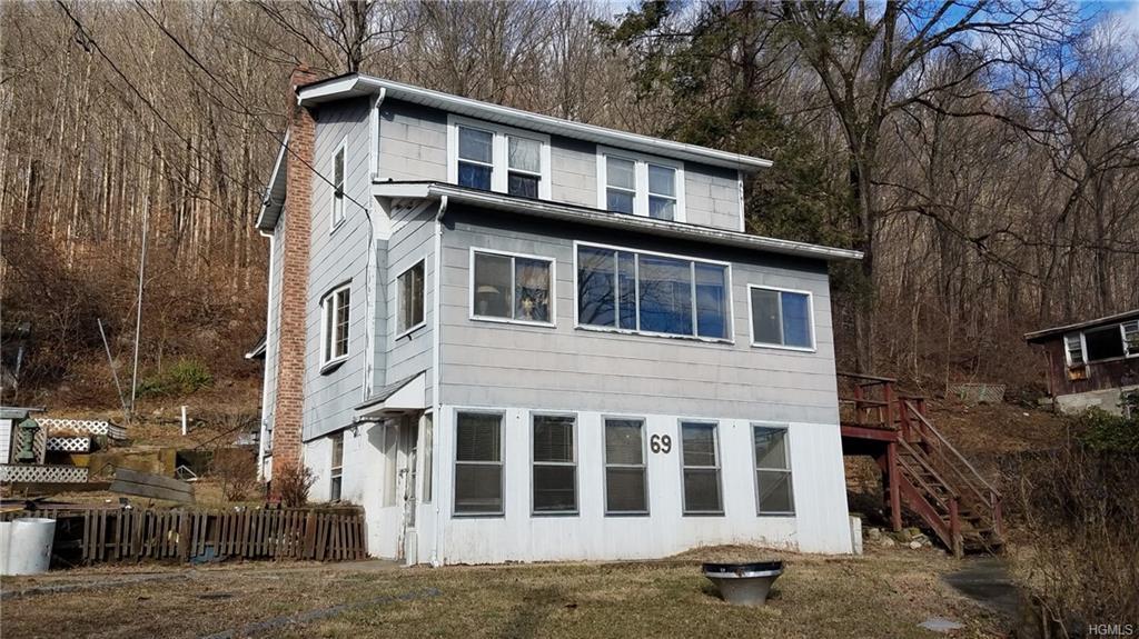 69 Peekskill Hollow Rd, Putnam Valley, NY 10579 | MLS ...