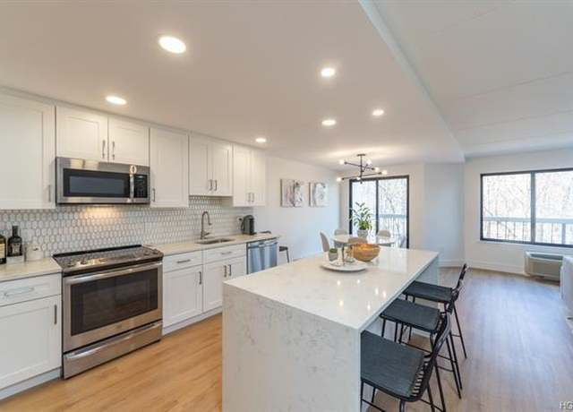 Photo of 500 High Point Dr #513, Hartsdale, NY 10530