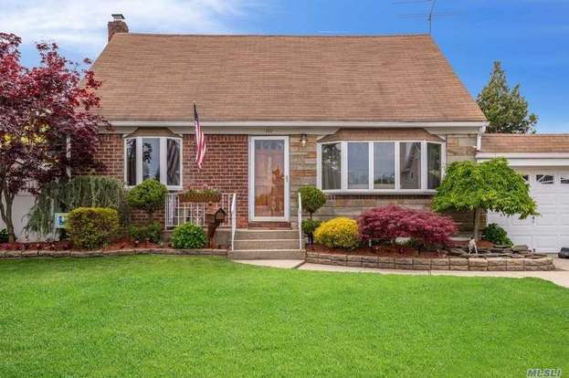 11554 Restaurants Open Christmas Day 2020 177 Margaret Dr, East Meadow, NY 11554 | MLS# 3216516 | Redfin