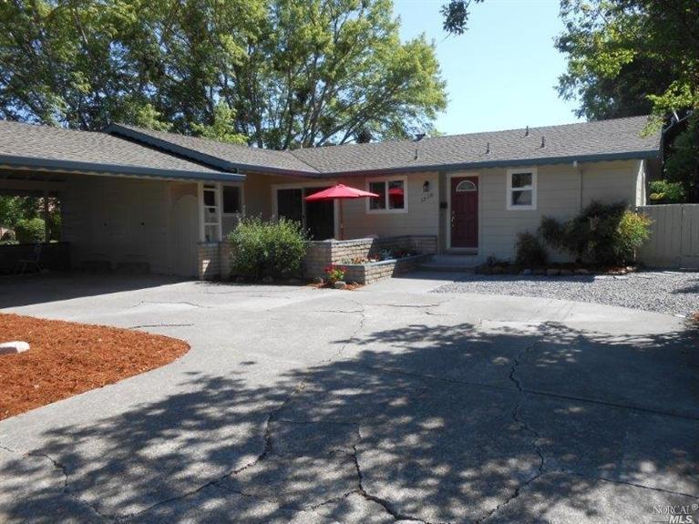1210 Albert Dr, Santa Rosa, CA 95405   MLS# 21412187   Redfin