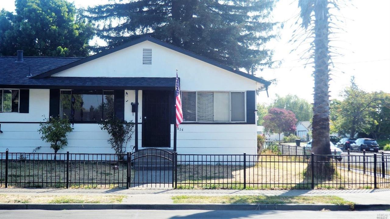 614 Link Ln, Santa Rosa, CA 95401   MLS# 21620856   Redfin