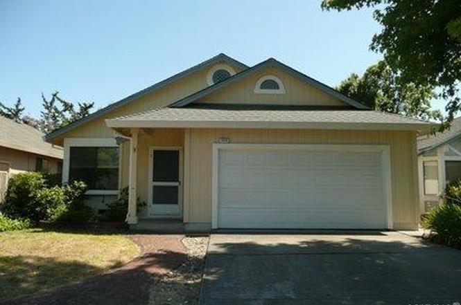 1628 Brandee Ln, Santa Rosa, CA 95403