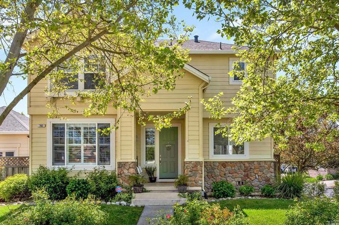 783 Riesling Rd, Petaluma, CA 94954