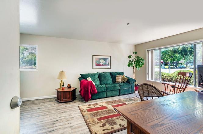 300 W Stony Point Rd 209 Santa Rosa CA 95401