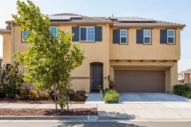 2501 Chuck Hammond Dr Fairfield Ca 94533 Mls 21817698 Redfin