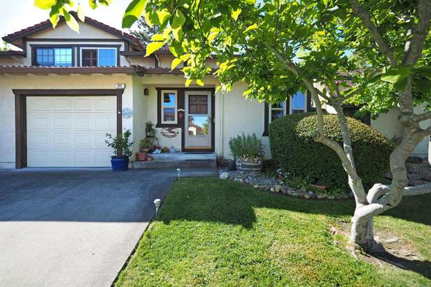 997 Hacienda Cir, Rohnert Park, CA 94928 | MLS# 21810950 | Redfin