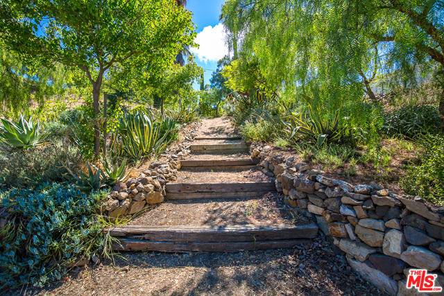 1172 Encinal Canyon Rd, Malibu, CA 90265 - 12 beds/8 5 baths