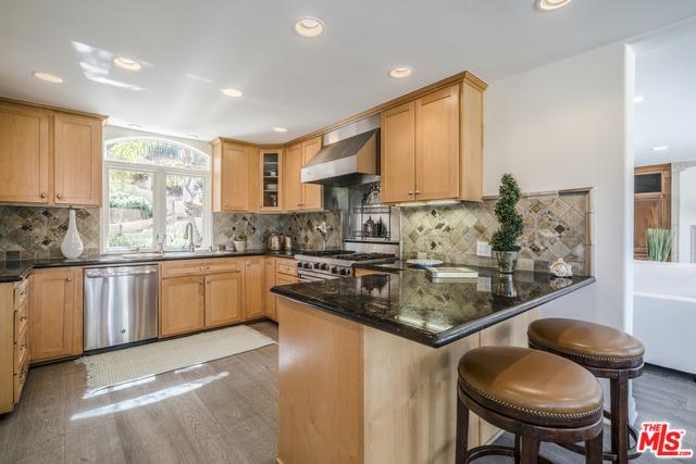 7036 Grasswood Ave, Malibu, CA 90265 - 5 beds/3 baths