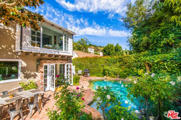 1531 Benedict Canyon Dr Beverly Hills Ca 90210 Mls 20 597538 Redfin