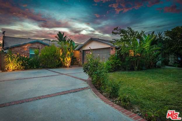 5261 Ventura Canyon Ave, Sherman Oaks, CA 91401 - 3 beds/2 baths
