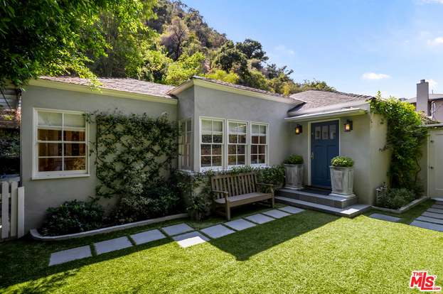1507 Benedict Canyon Dr Beverly Hills Ca 90210 Mls 20 616710 Redfin
