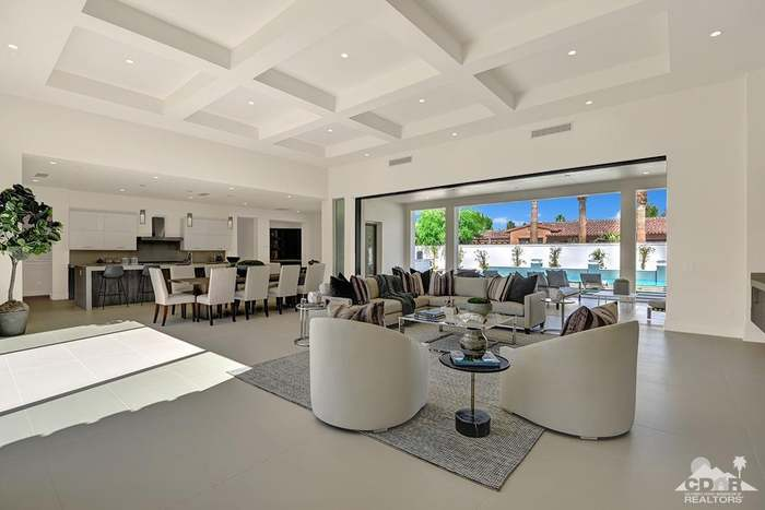 10 Via Lantico, Rancho Mirage, CA 92270 - 4 beds/3 75 baths