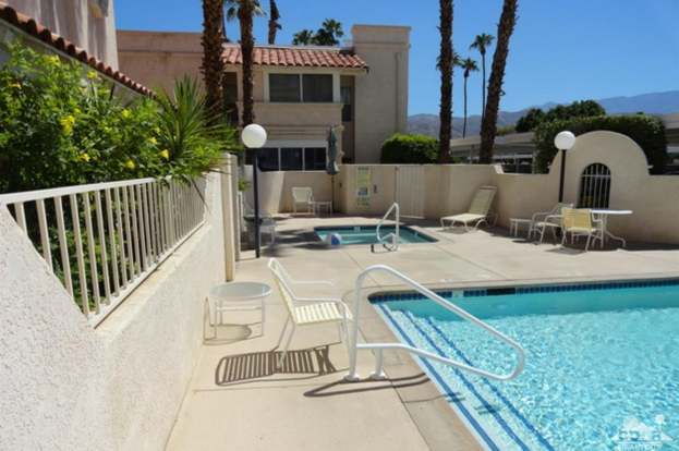 69130 Gerald Ford Dr #4, Cathedral City, CA 92234