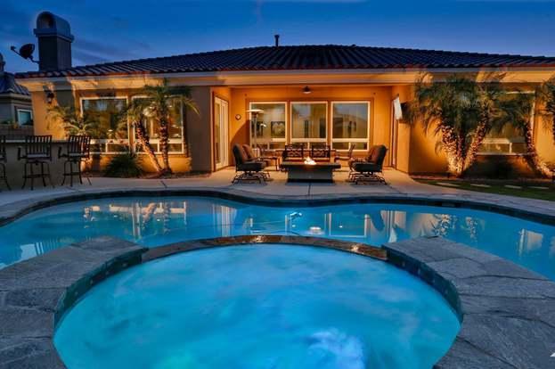 52320 Silver Star, La Quinta, CA 92253 - 5 beds/4 75 baths