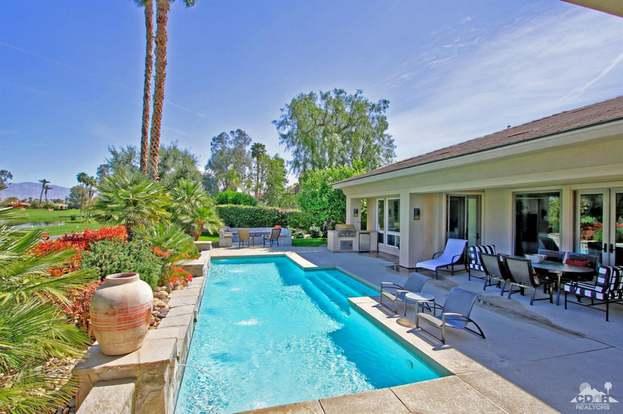 1 Oakmont Dr, Rancho Mirage, CA 92270 - 2 beds/2 25 baths