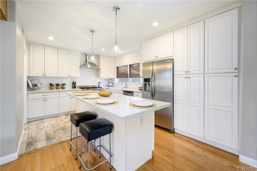 Kitchen Cabinets For Sale In Santa Ana Ca / 1721 W 3rd St ...