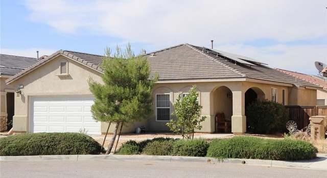 9361 Creosote Ave, Oak Hills, CA 92344 - 4 beds/3 baths