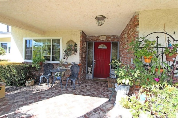 covina chat rooms 4115 n shadydale avenue covina, ca 91722  $575,000  beds: 4   rooms: all bedrooms down, den, foyer,  chat_bubble close.