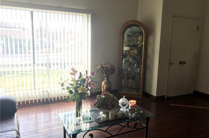 Delicieux 17606 Corto Ave, Cerritos, CA 90703
