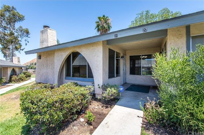 2891 Canyon Crest Dr #21, Riverside, CA 92507   MLS# OC17138173   Redfin