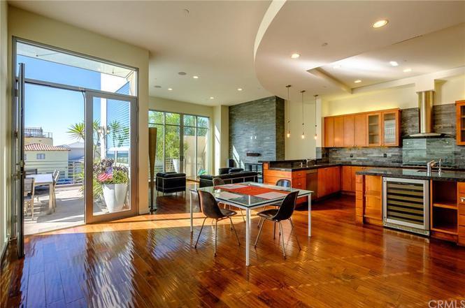 101 Lyndon St, Hermosa Beach, CA 90254