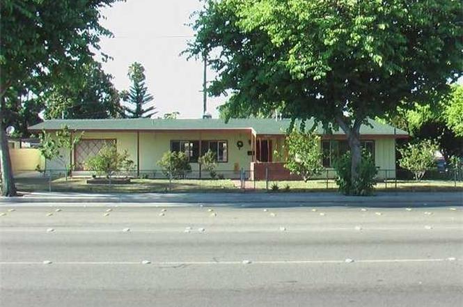 10471 CHAPMAN Ave, Garden Grove, CA 92840 | MLS# P530219 | Redfin
