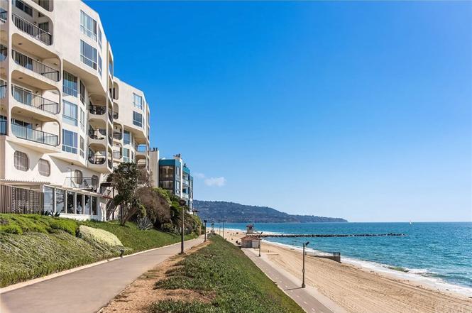 565 Esplanade #101, Redondo Beach, CA 90277