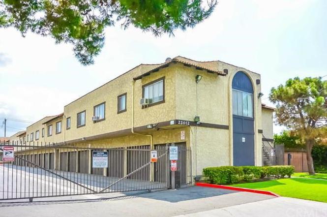 22012 Belshire Ave #4, Hawaiian Gardens, CA 90716