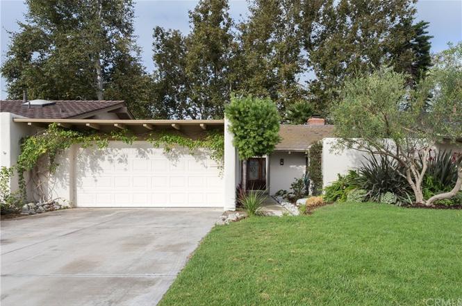 2027 Vista Cajon, Newport Beach, CA 92660
